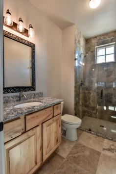 4010 Rock Creek Dr Fort-large-013-25-Bathroom11-670x1000-72dpi